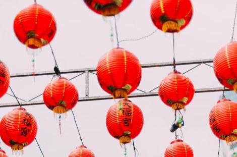 lanterns-china-town-street-85057